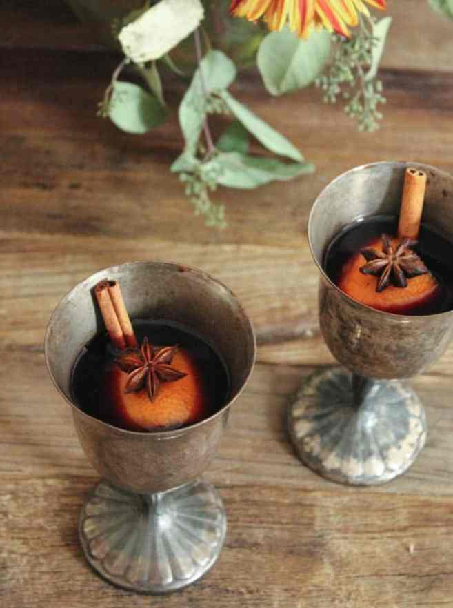 easy-mulled-wine-the-best-holiday-cocktail-9