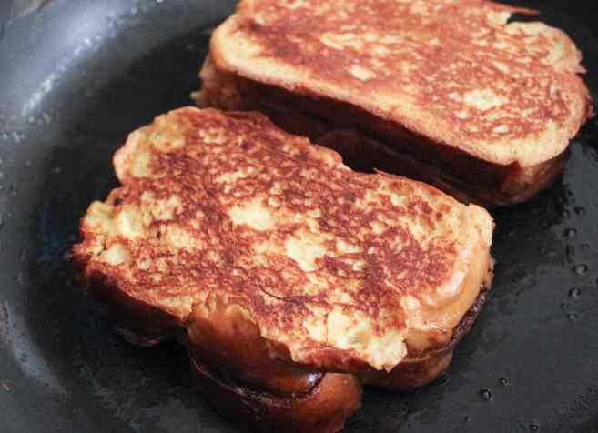 nutella-and-bacon-stuffed-french-toast-step-9
