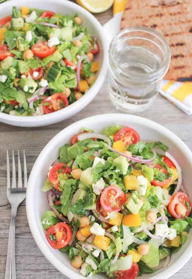 Chopped-Greek-Salad-With-Avocado-Chickpeas-and-Lemon-Dressing-6