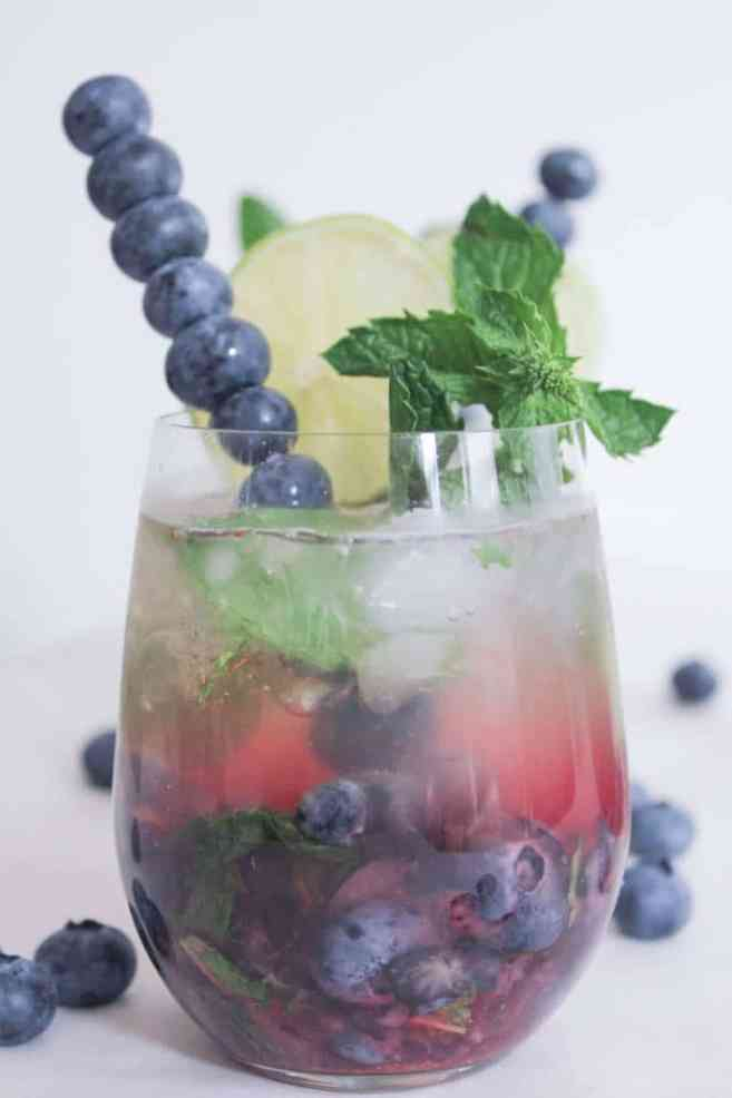 Blueberry-Mojito-Royale-with-Champagne-10