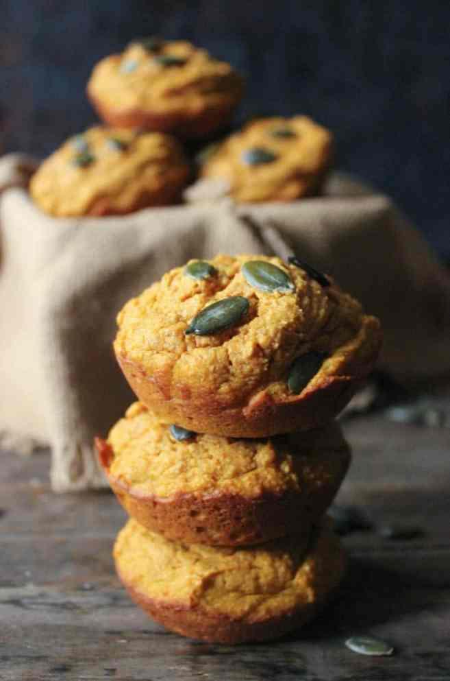 Pumpkin-Sour-Cream-Muffins-3