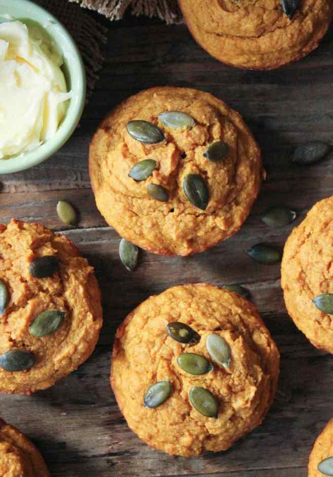 Pumpkin-Sour-Cream-Muffins-4