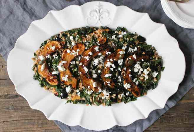 farro-with-chipotle-glazed-acorn-squash-kale-pepitas-feta-7