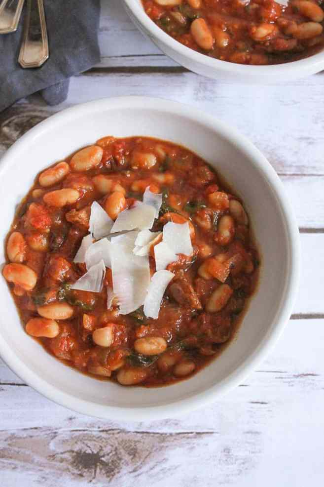 tomato-and-white-bean-stew-with-chicken-sausage-3