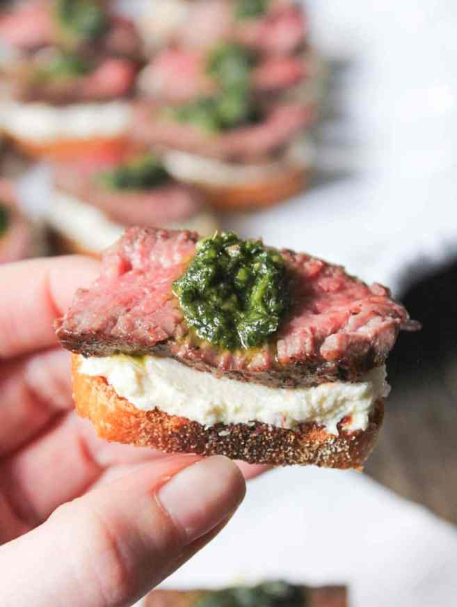 beef-tenderloin-crostini-with-whipped-goat-cheese-and-pesto-6