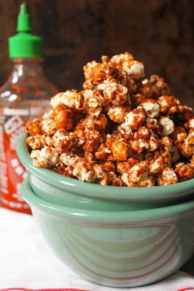 Sriracha-Caramel-Popcorn-3