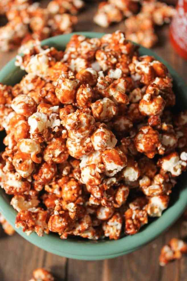 Sriracha-Caramel-Popcorn-6