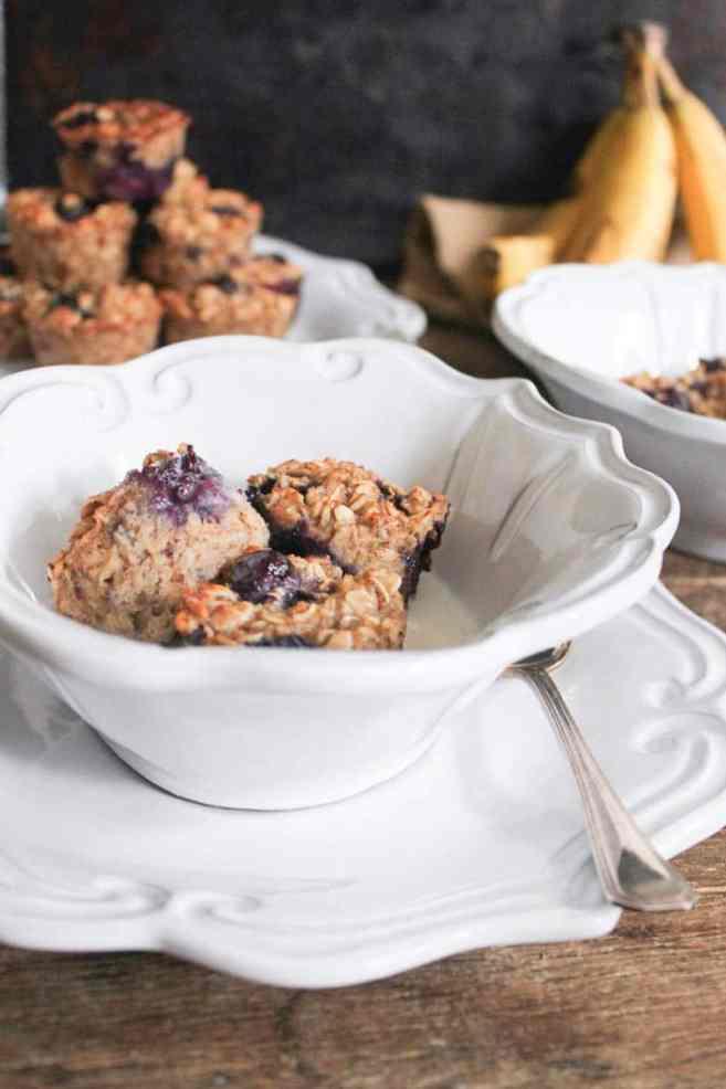 gluten-free-blueberry-banana-baked-oatmeal-bites-4