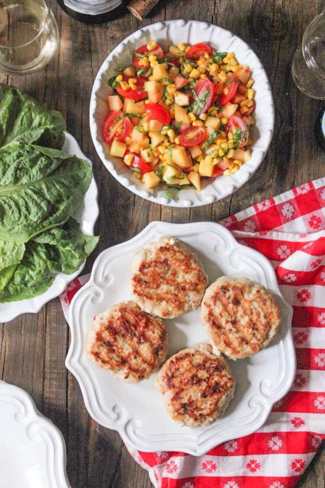 chicken-and-goat-cheese-burgers-with-peaches-corn-and-cherry-tomatoes-2