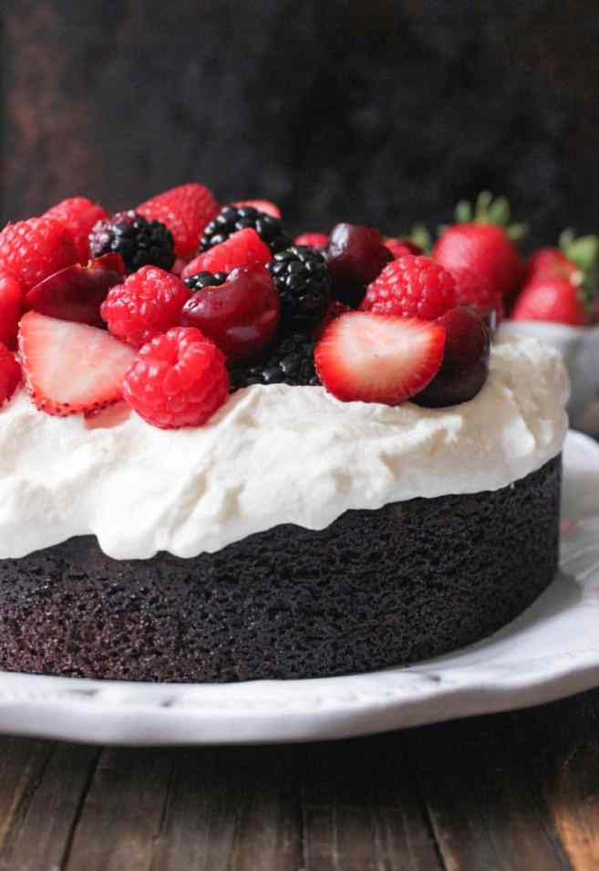 Foolproof-Chocolate-Cake-With-Whipped-Cream-and-Berries-2