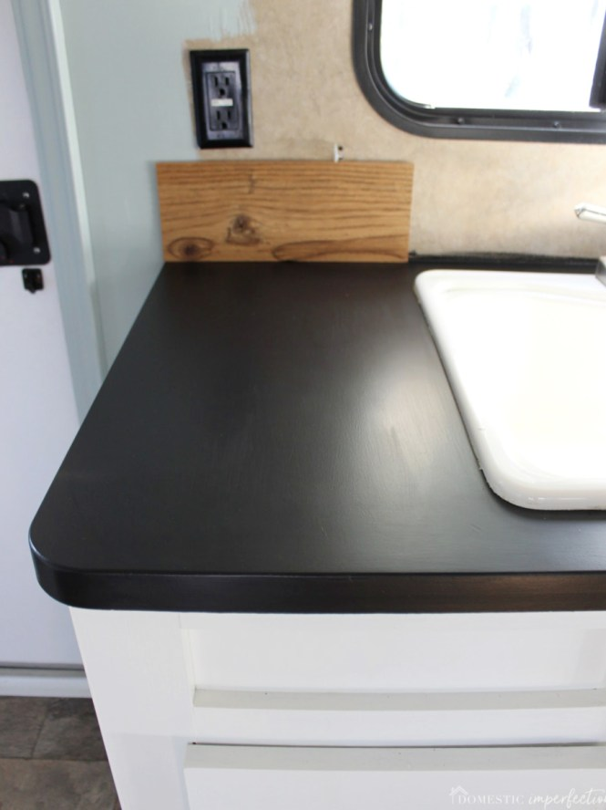 Painting Laminate Countertops With