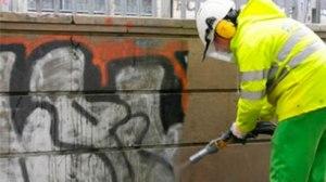 eliminacion-graffitis-doméstico-alicante-300x168 Limpieza de Grafittis