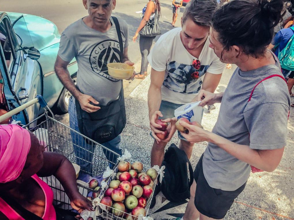 Buyings Apples in Cuba