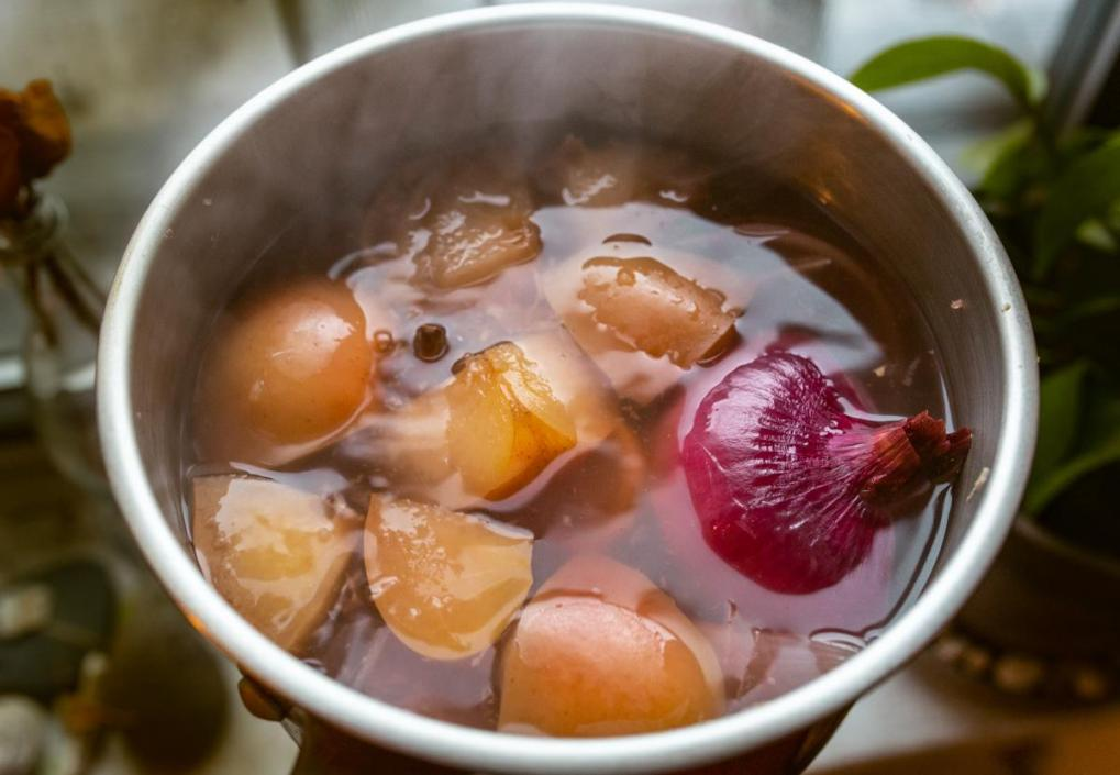 tea with onion in it