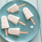 Paletas de Coco (Coconut Popsicles)