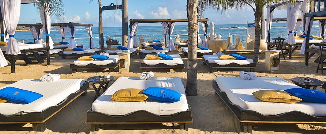 vip-beach-03-1065×437