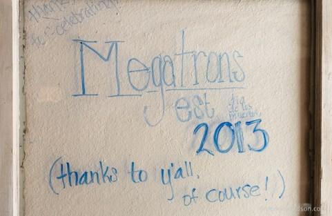 megatron-012
