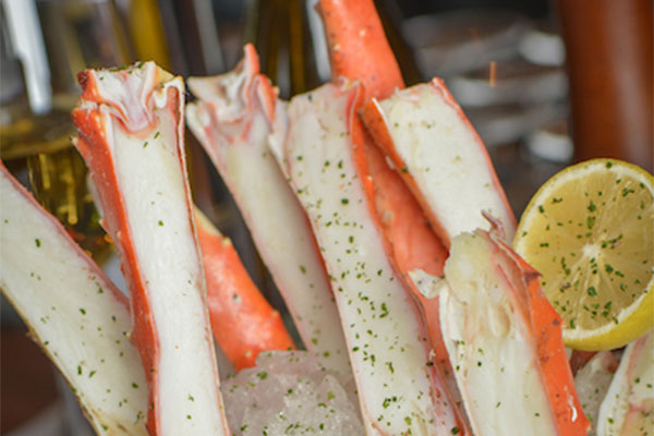 Iced Alaskan King Crab Legs