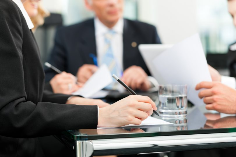 careers-in-business-law-810x540