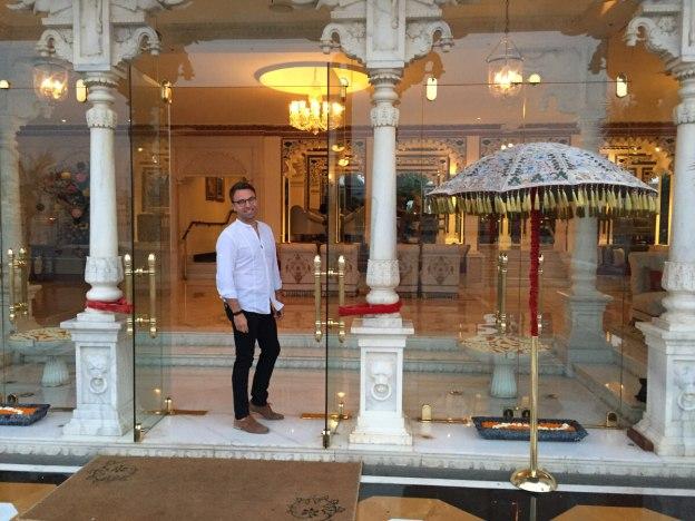 taj-palace_hotel-udaipur