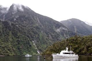 TeAnau-NewZealand-DomOnTheGo 95new
