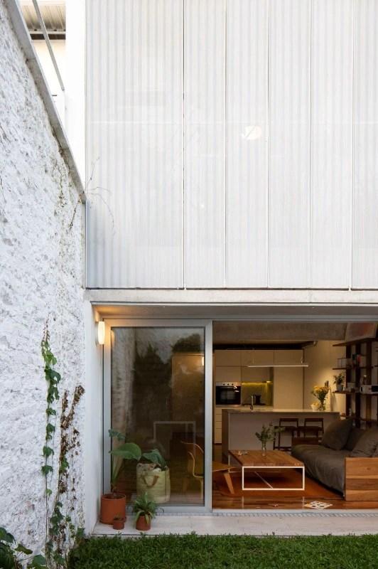 Homcom set 2 sgabelli da bar girevoli in acciaio nero e legno con altezza regolabile. Alonsocrippa Design A Residential Building In Buenos Aires