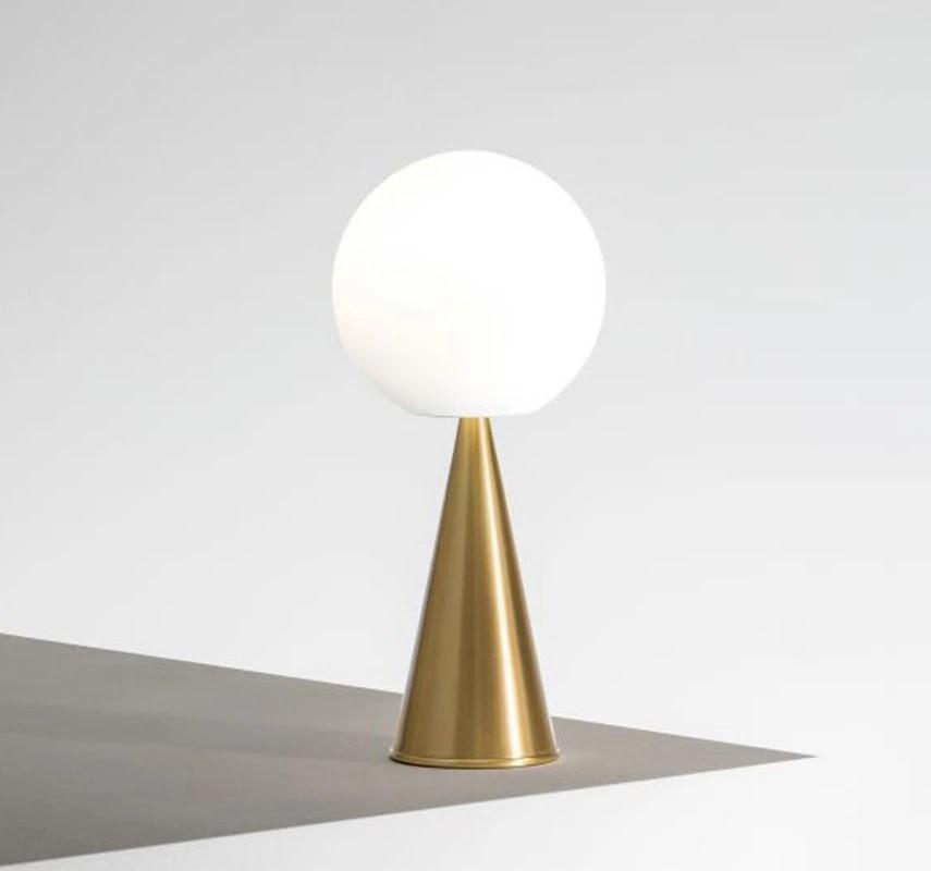 Il design al giusto prezzo. The Essentials 20 Of The Best Lights Domus