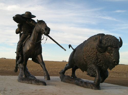 Oakley Kansas Buffalo Bill Statues photos www.don.smith.net