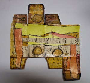 unfolded-music-box