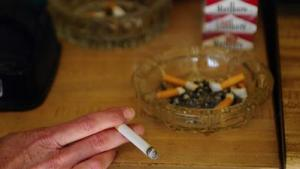 Smokers need help quitting smoking