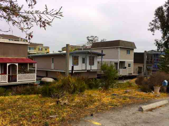 Docktown homes.