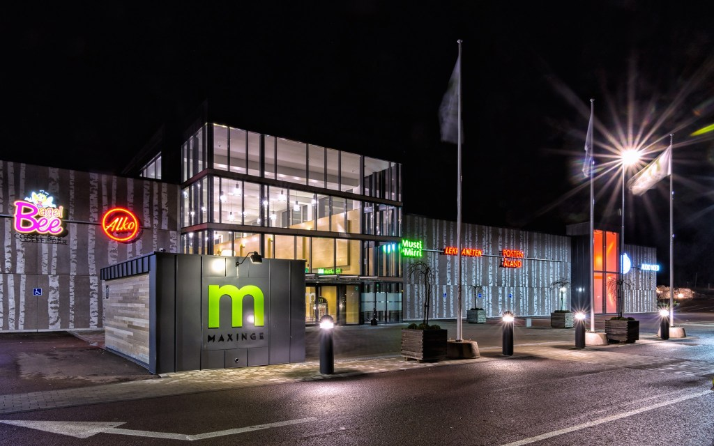 MAXINGE-SHOPPING CENTER