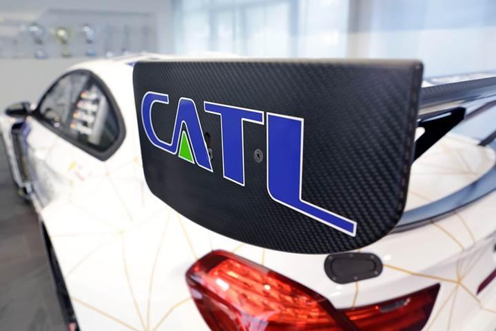 Tesla, Model 3 araçlarına pil üretmesi içi Çinli CATL şirketi ile görüşüyor