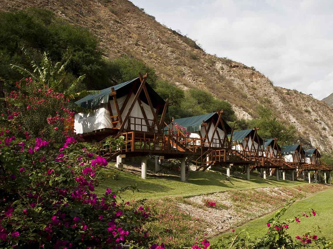 Vista de las cabañas en la Sierra Gorda de Querétaro