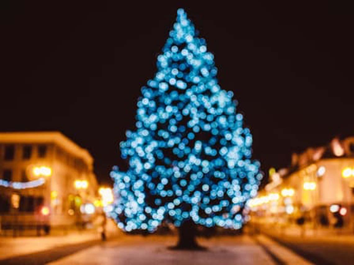 Arbol de navidad de luces arbol de navidad de luces rbol - Arbol de navidad hecho de luces ...