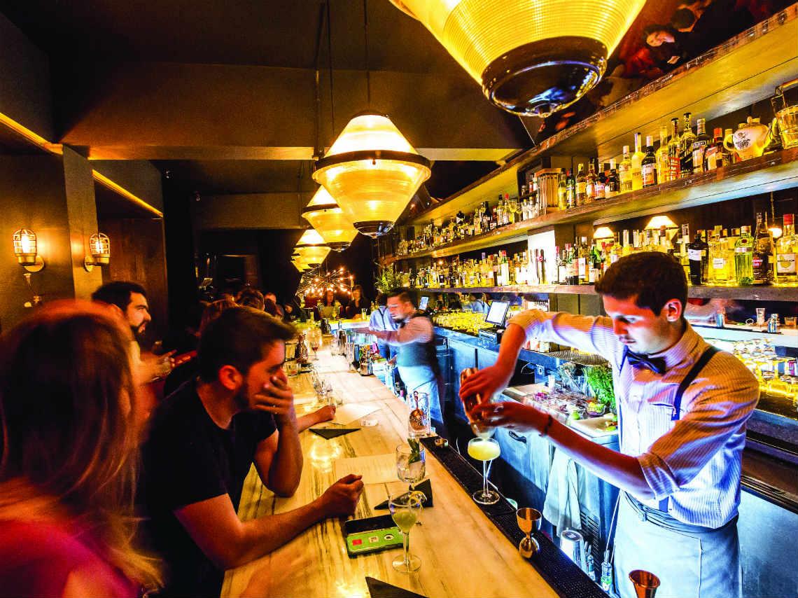 Los mejores tragos y bares speakeasies