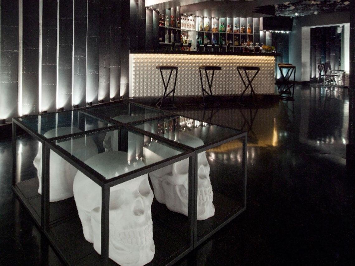 Detrás de fachadas como restaurantes, elevadores y baños públicos se esconden estos bares speakeasy en CDMX. ¡Te decimos como encontrarlos!