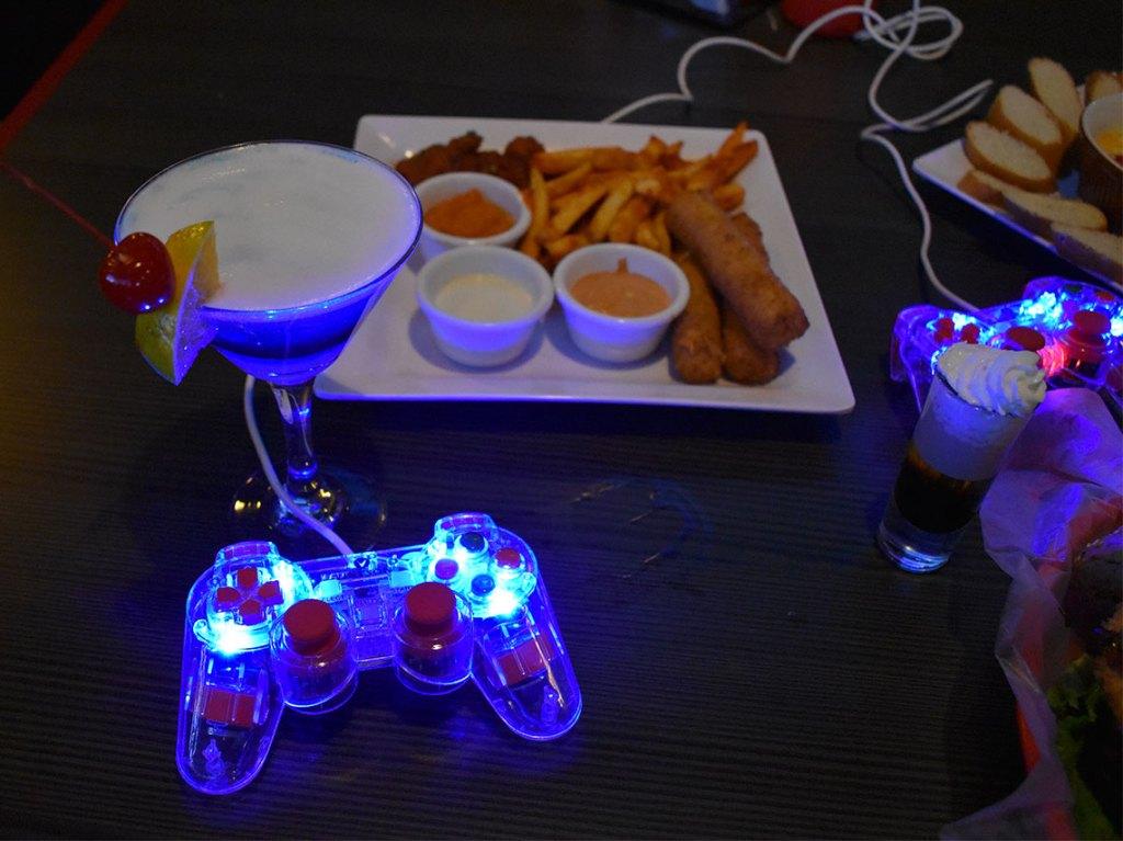 bares con videojuegos y juegos