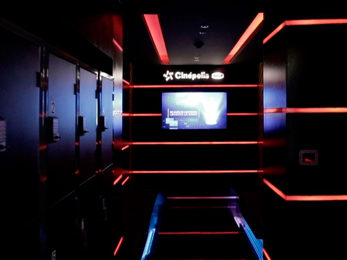 Primera sala de videojuegos de realidad virtual en cdmx for Cartelera cinepolis plaza telmex cd jardin