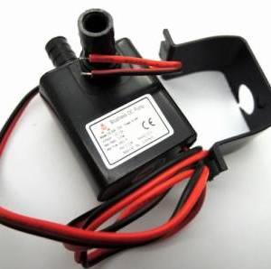 Pompa olio olio brushless mini DC12V ltra-quiet sommergibile 240L / H 5W Lift 3M