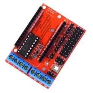 Scheda di espansione drive per motori WiFi L293D ESP8266 12E Lua Internet