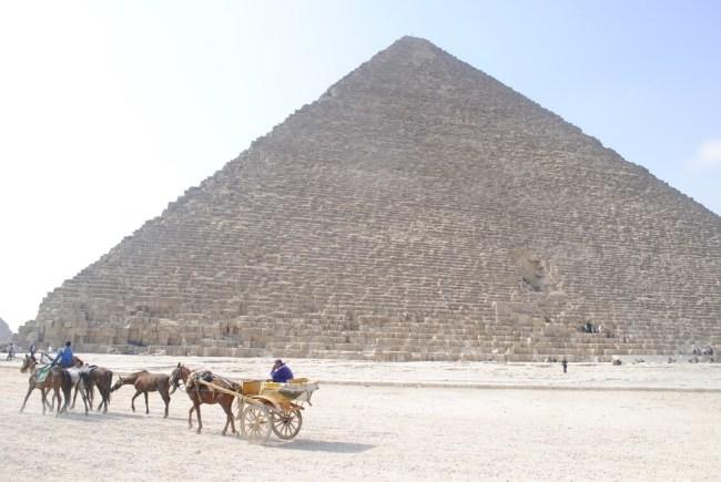 La Gran pirámide (Giza)