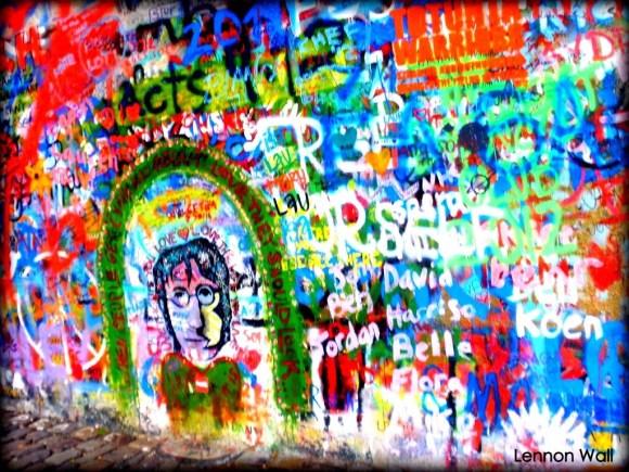 Lennon Wall, Praga