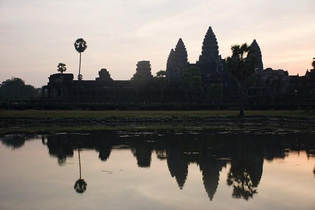 Frente a Angkor Wat