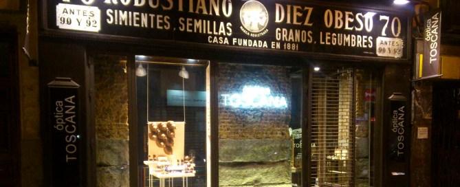 Don Diseño 3 ejemplos de la escalera del diseño - Diseño como estilo - Parte dos- Optica en Madrid con fachada reaprovechada de antiguo comercio de semillas - Carlos Luzón