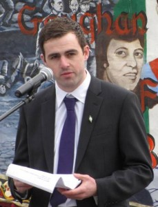 Cllr Jack Murray has accused Cllr Michéal Colm Mac Giolla Easbuig of political ineptitude.