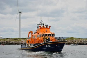 Arranmore Lifeboat rushed to boys aid.
