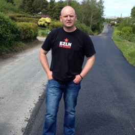 Independent candidate Michael Cholm Mac Giolla Easbuig has called for people to stand firm over water charges.