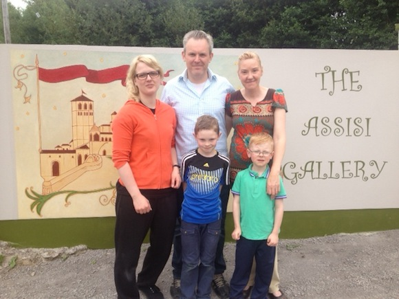 Artist Sarah Duddy and new Assisi GAllery owners in Rossnowlagh Paul and Sarah Keogh with their sons Thomas and Michael.