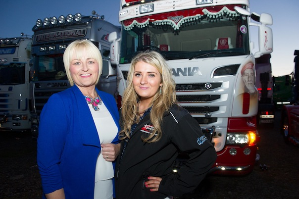 Kate Mohan and Aileen Navan at the North West Truck Festival on Saturday evening at the Clanree Hotel in Letterkenny.  Photo- Clive Wasson